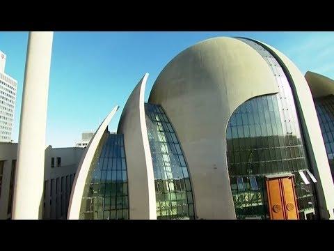 Moschee-Initiatotin Seyran Ates fordert Moschee-Steue ...