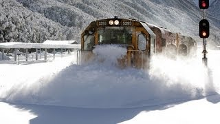 Arthur's Pass New Zealand  city pictures gallery : Spectacular footage Train plowing through deep snow Arthurs Pass