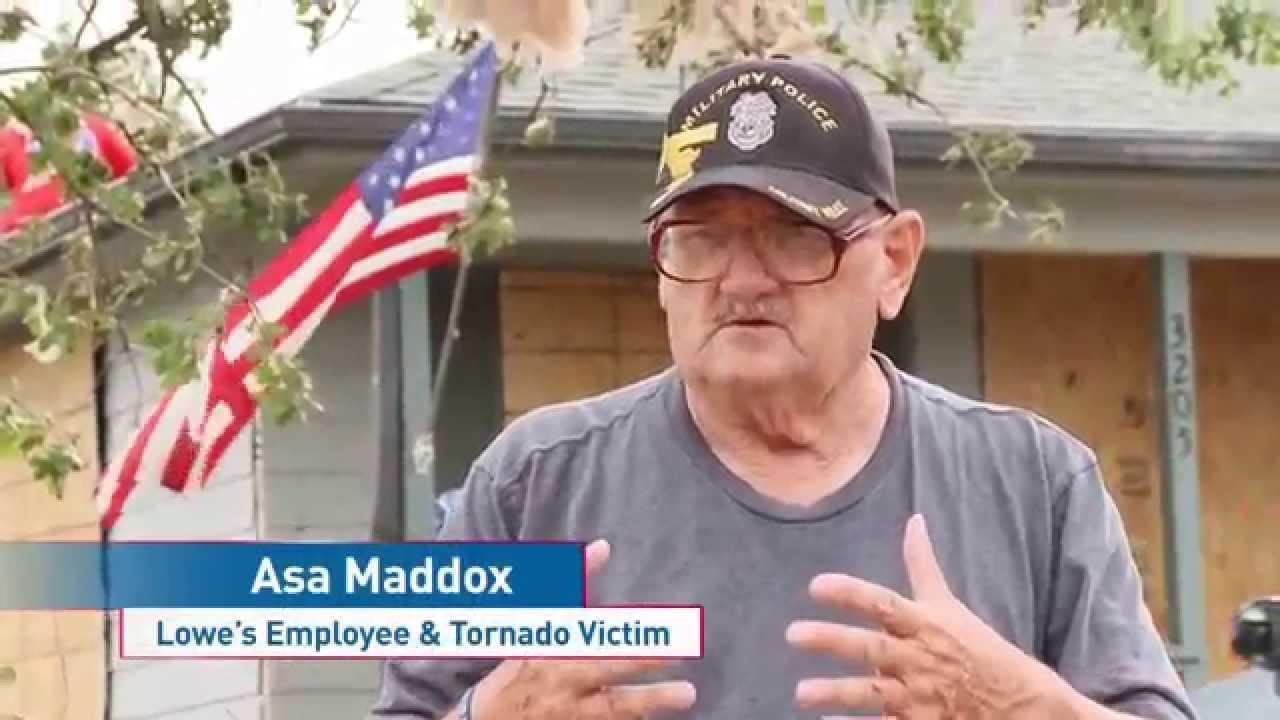 Assisting Tornado Victims