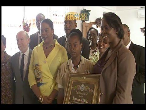La Première dame Martine Moïse inaugure le Centre d'interpretation du Carnaval de Jacmel
