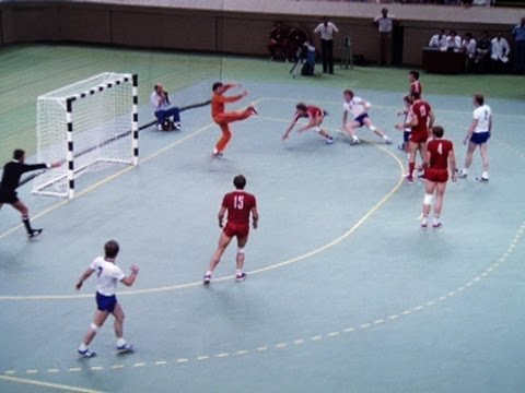 East Germany faces the hosts in the Men's Handball Final - Moscow 1980 Olympic Games