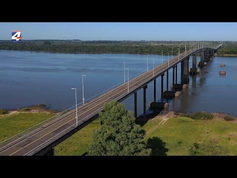 Familia colombiana ingresa a Uruguay por el puente Gral. Artigas y hará cuarentena en Paysandú