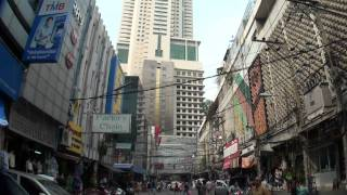 Pratunam Market Bangkok  プラトゥーナム市場 BAIYOKE SKY バイヨークスカイ