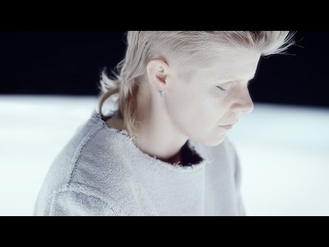 "Röyksopp & Robyn ""Monument"" (Music Video)"