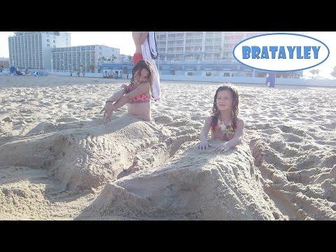 Beach Mermaids (WK 184.3)   Bratayley