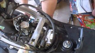 7. 2005 Honda Metropolitan (CHF50) Floor Pan Removal