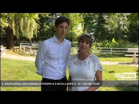 IL BACIO SENZA MASCHERINA DI FEDERICA E NICOLA DOPO IL ''SI''' | 28/06/2020