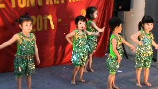 M2U00097   Bài múa Chú ếch con