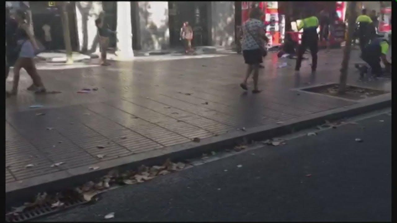 Ανθρωποκυνηγητό για το δράστη της επίθεσης στη Βαρκελώνη