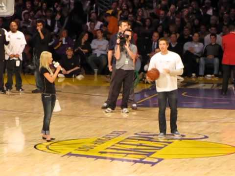 Los Angeles Lakers Fan $165,000 Half Court Shot