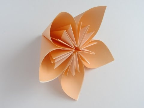 Flower Tutorial - 013 -- Kusudama Flower