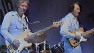 Download Lagu 1977 Aug-21 The Ventures.Ito Yukari & Shibata Hatsumi Mp3