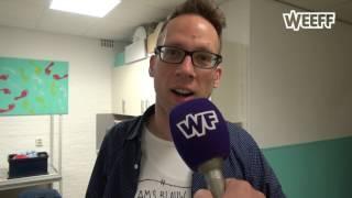 Er wordt veel over gesproken: West-Friese humor. Maar wat is dat nou eigenlijk. Verslaggever Rob van Houten ging naar een...
