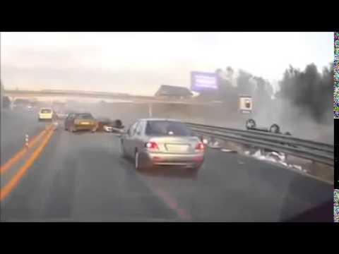 Tài xế không thắt dây an toàn, hành khách văng ra khỏi xe khi tai nạn