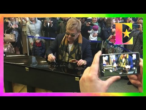 Elton Surprises Londoners With Performance! Wonderful!