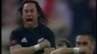 The Best Haka New Zealand vs France in Paris 2004