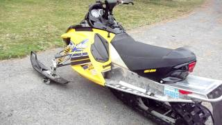 4. 2005 Ski Doo MXZ 440X Walk Around & Start Up