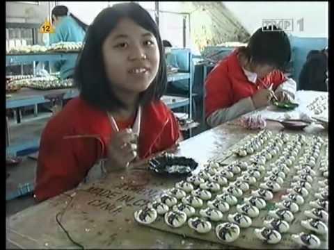 Mardi Gras - Wyprodukowano w Chinach (2/5) (lektor pl)