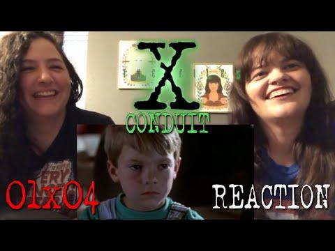 "The X-Files - 1x4 ""Conduit"" Reaction"