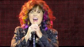 Nonton Ann Wilson - Barracuda (Live - Morristown, NJ March 2017) Film Subtitle Indonesia Streaming Movie Download