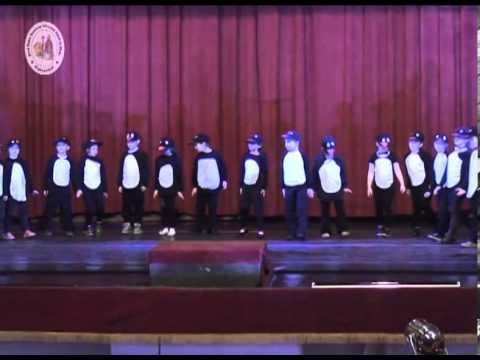 Iskolai farsang – Pingvinek