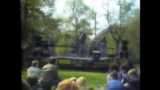 Video Historicky první vystoupení MORTUARY