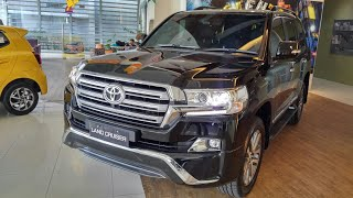 Download Video In Depth Tour Toyota Land Cruiser J200 VX-R 2nd Facelift - Indonesia MP3 3GP MP4