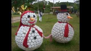 Easy to follow instructions included. http://goo.gl/99YUT8 Snowmen is one of the main thing in Christmas decorations. Here are many DIY Snowmen Christmas dec...
