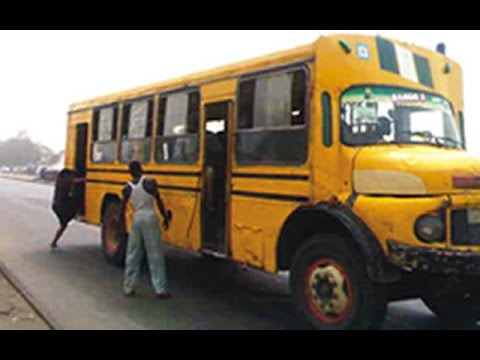 See What An Area Boy Did Inside a Lagos Bus