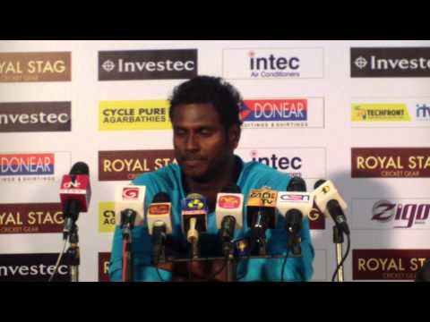 Dinesh Chandimal wins Man Of the Match, 12th ODI, Melbourne, CB Series, 2012