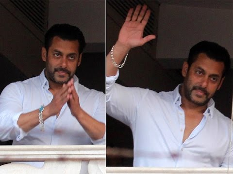 Salman Khan Waves Hand for His Fans
