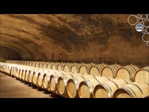 Weinland Südtirol - Holzfass