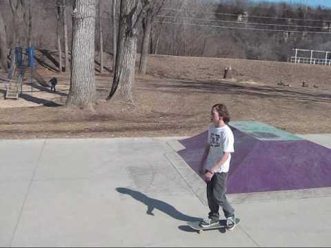 decorah skate footy