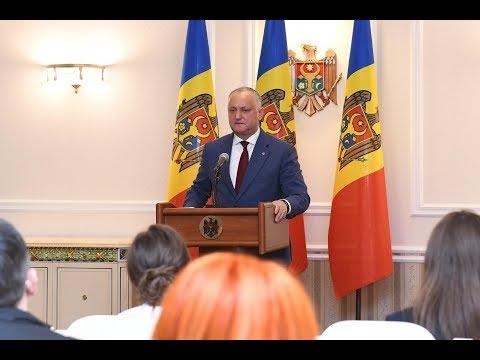 Igor Dodon a avut discuții cu toate fracțiunile parlamentare