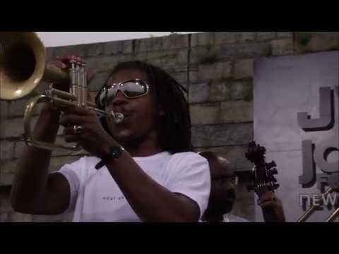 Roy Hargrove - You Go To My Head - 8/11/2001 - Newport Jazz Festival (Official)