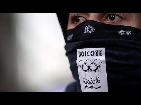Βραζιλία: Απλήρωτοι εργαζόμενοι και συνταξιούχοι ελέω… Ολυμπιακών Αγώνων