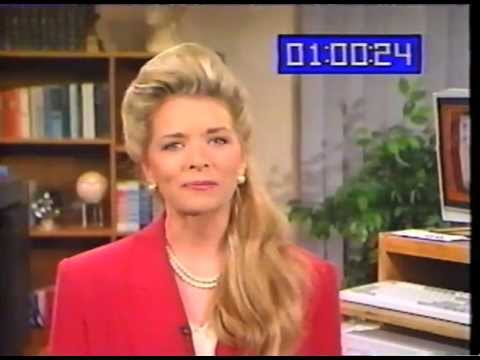 Woman From The '90s Explains What A Computer Is