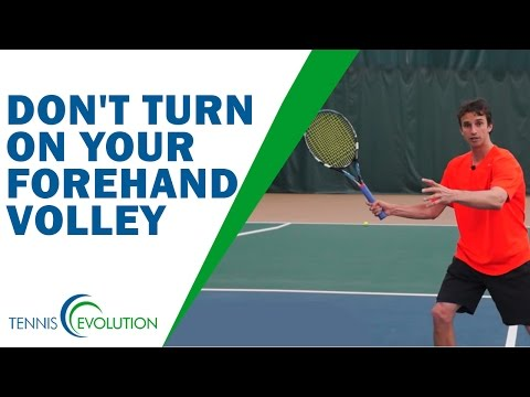 VOLLEY IN TENNIS | Don't Turn On Your Forehand Volley