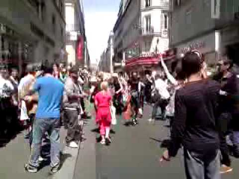 Hommage Michael Jackson - Le 26 Juin 2009 - Rue D'Hauteville Paris 10 eme