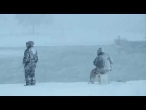 """Egy horgászt nem tántoríthat el egy """"kis"""" hó! :)"""