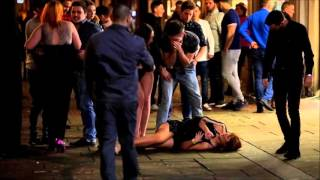 Swansea United Kingdom  city photos : Police arrest new year revellers, in Wind Street, Swansea, UK