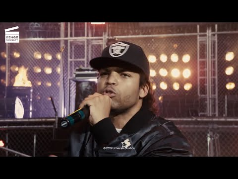 Straight Outta Compton: Riot with the police HD CLIP