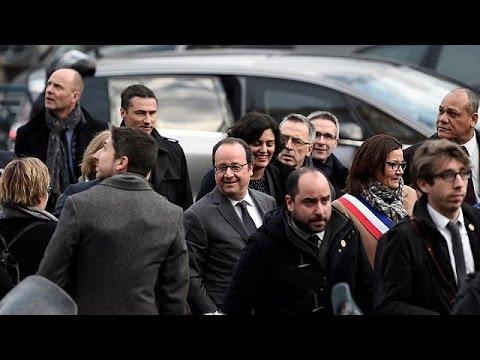 Γαλλία: «Σεβασμό» απ' όλους και προς όλους ζήτησε ο Φρανσουά Ολάντ