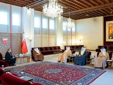 سمو ولي العهد رئيس مجلس الوزراء يلتقي سعادة السيد تانيت نا سونخلا سفير مملكة تايلند لدى مملكة البحرين بمناسبة انتهاء فترة عمله