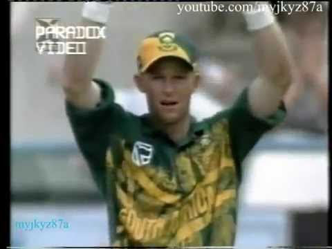 Jonty Rhodes 15 Splendid Fielding (diving) Saves