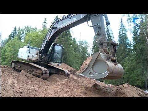 Восстановление дорог размытых весенним паводком в Новгородской области продолжается