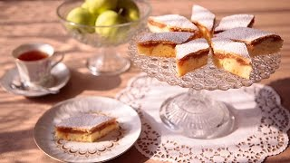 How to Make Apple Sauce Cake