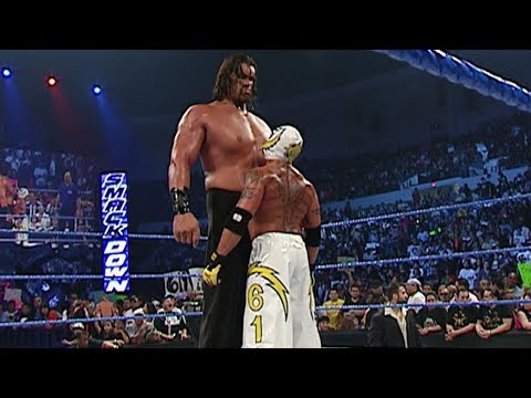 Download Rey Mysterio vs. The Great Khali: SmackDown, May 12, 2006 HD Mp4 3GP Video and MP3