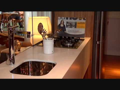 Mostra Casa Nova-Suíte do Casal por Nair Fagundes e Sidnei Machado