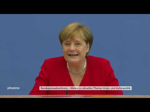 Sommerpressekonferenz von Bundeskanzlerin Angela Merk ...